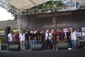 Foto Bareng Ketua komunitas dan klub peserta rally